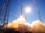 Space Dragon lancement réussi pour premier transporteur spatial privé