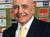Galliani Paris pour discuter transfert