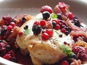 Poulet oignons fruits rouges