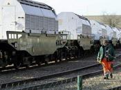 Attente convoi Versailles militants