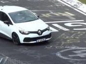 Nouvelle Clio sans camouflage Nürburgring