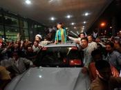 """Aung peuple birman: """"Tous ensemble, nous pouvons atteindre notre objectif"""