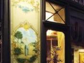 Visite déco Hôtel Petit Moulin décoré Christian Lacroix