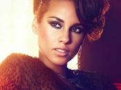 Alicia Keys devient rédactrice chef d'un jour pour quotidien Metro