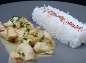 Poulet curry vert coco, basmati sesame prune