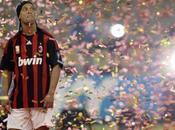 Ronaldinho entraîné