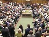 Bégaiement politique moqueries parlement Anglais. (Vidéo l'intérieur l'article)