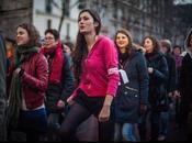 Démonstration danse contre violences faites femmes.