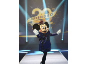 Minnie lance prolongations anniversaire Disneyland Paris, avec tout premier fashion show… défile Lanvin
