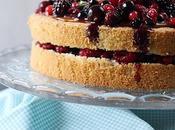 Gâteau léger caramel fruits rouges
