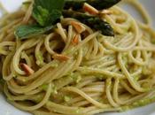 Spaghetti complet, pesto d'asperges amandes