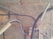 Organisation câbles dans l'établi (sous-sol maison)