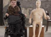 grand magasin installe mannequins handicapés dans vitrine