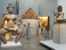 secours, m'ennuie dans musées solutions)