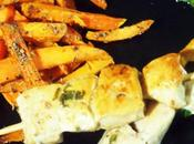 Brochettes pouet mariné frites patate douce rôtie
