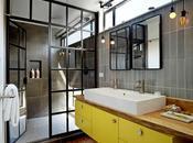Salle bain jaune