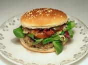 Burger lentilles, tomates séchées sauce roquefort