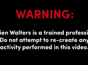 Damien Walters effectue premier loop humain (vidéo)