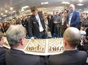 Echecs Carlsen, star Cannes