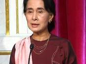 Changement ton. Paris, Aung tire sonnette d'alarme face blocage actuel processus démocratique Birmanie
