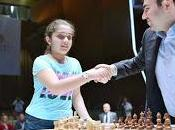 Carlsen corrige Mamedyarov d'entrée
