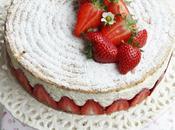 Biscuit succès amandes, crème vanille-mascarpone fraises