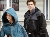 Jennifer Lawrence Liam Hemsworth dans rues Parisienne