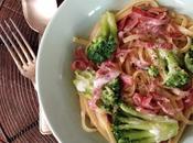 Linguini brocolis, bacon crème légère