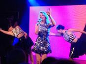 CANNES 2014 Kylie Minogue nous fait fondre plage Magnum