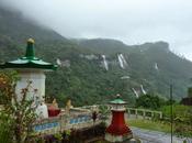 Grimper l'Adam's peak pendant mousson Lanka... n'est bonne idée