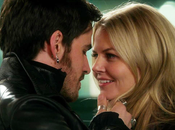 Once Upon Time Emma Hook couple dans saison