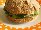 Sandwich avocat-roquefort-roquette (avec pain fait-maison sans pétrissage)