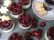 Panna cotta yaourt brebis, compotée cerises noires piment d'Espelette