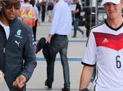 Rosberg voit Hamilton revenir dans rétroviseur