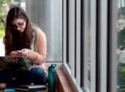 DÉPENDANCE? jeunes passent jusqu'à heures jour leur mobile Journal Behavioural Addiction