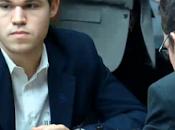 Échecs: Carlsen stoppe Caruana