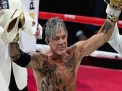 Mickey Rourke s'impose ring