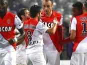 Monaco confirme Toulouse grâce Berbatov