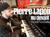 dimanche, chanson devant Pierre Lapointe