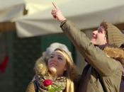 Saint-Valentin roses rouges offertes passant #Cupidrone (Vidéo)