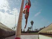 Vivez saut perche façon GoPro avec jolie Allison Stokke