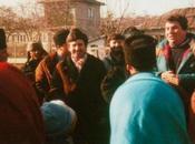 Fillé vient aide Cervicesti après drame roumain.