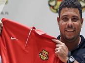 Ronaldo Brésilien sort retraite