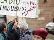 Floués gouvernement agriculteurs manifestent