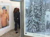 Also shot iPhone colle fausses affiches pour taquiner Apple