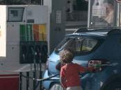 Pour ans, Dacia confie volant enfants