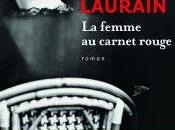 femme carnet rouge Antoine Laurain
