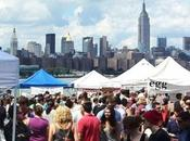 Smorgasburg, gigantesque street food market Brooklyn