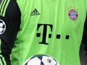Manuel Neuer veut rentrer dans Lionel Messi