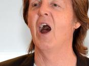 Floride: Paul McCartney chante finissants